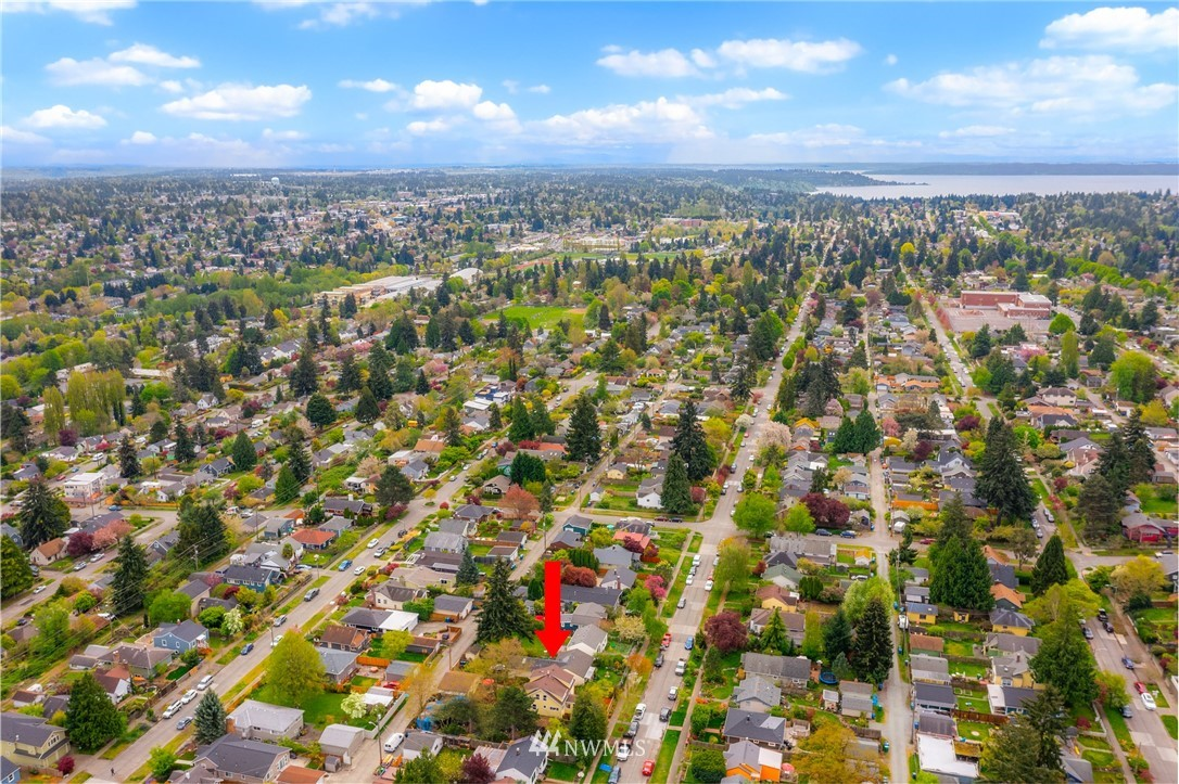 Pending | 7126 31st Avenue SW Seattle, WA 98126 36