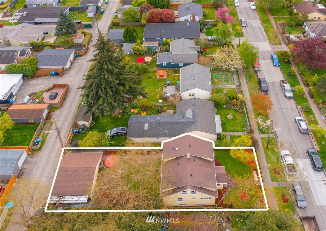 Pending | 7126 31st Avenue SW Seattle, WA 98126 32