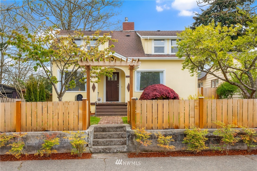 Pending | 7126 31st Avenue SW Seattle, WA 98126 38