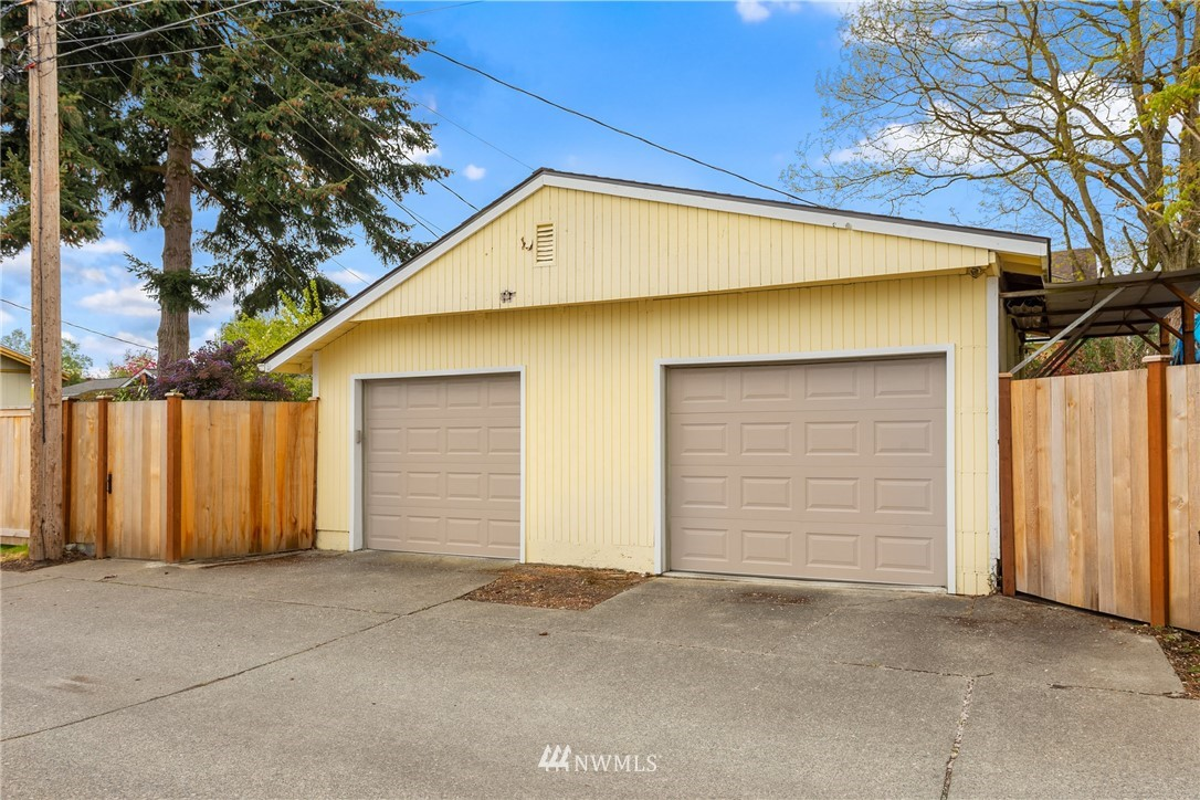 Pending | 7126 31st Avenue SW Seattle, WA 98126 30