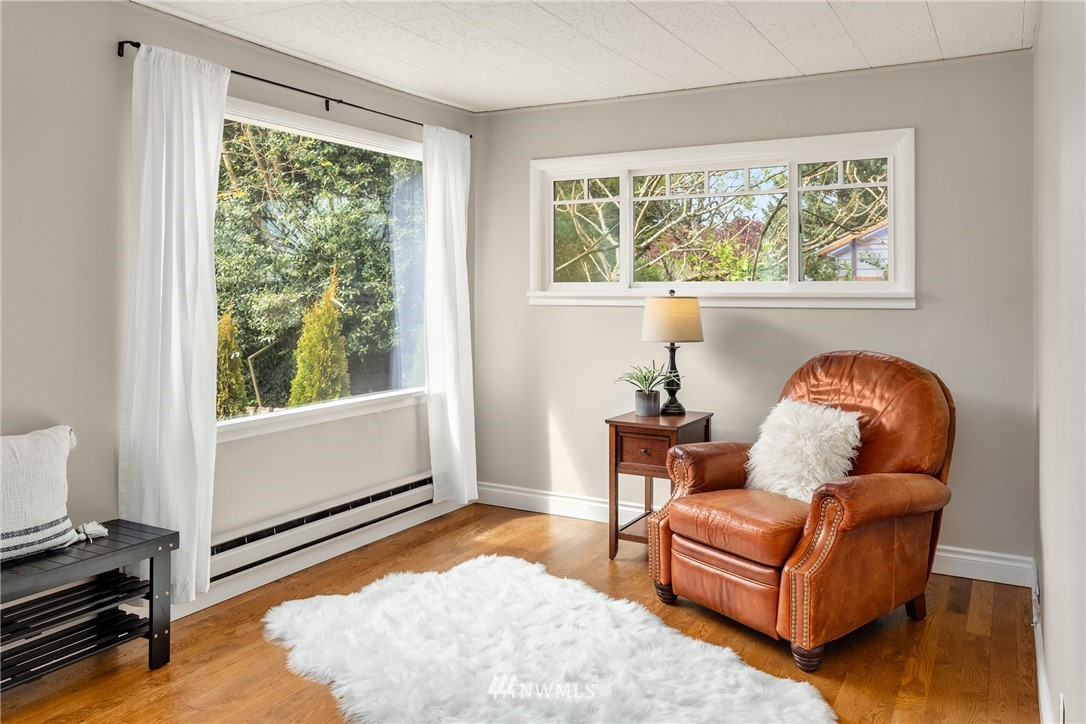 Pending | 7126 31st Avenue SW Seattle, WA 98126 4