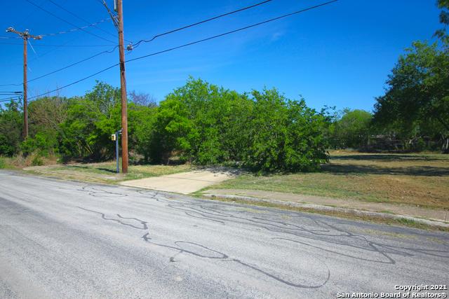 Active | 1435 CANTRELL DR San Antonio, TX 78221 2