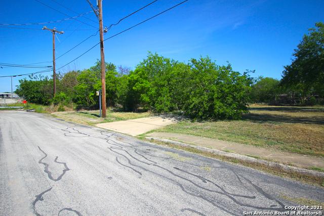 Active | 1435 CANTRELL DR San Antonio, TX 78221 4