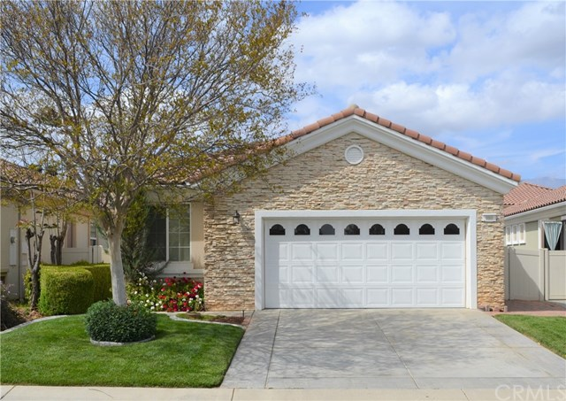 Pending | 980 Blackhawk Drive Beaumont, CA 92223 0