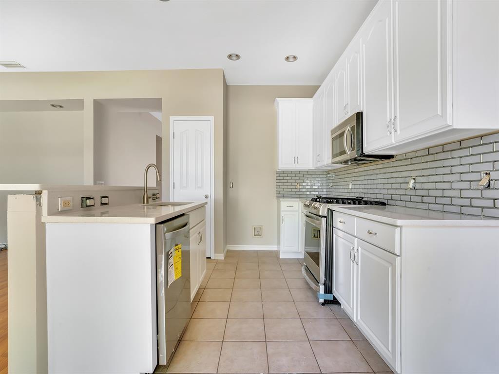 Sold Property   6764 WATERTON DRIVE RIVERVIEW, FL 33578 7