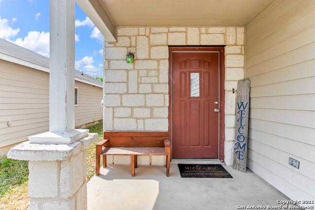 Pending | 9319 MAPLE SILVER San Antonio, TX 78254 3