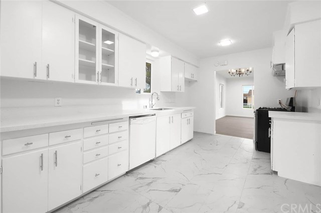 Pending | 1543 E Mardina Street West Covina, CA 91791 13
