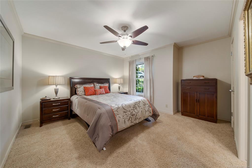 Active | 2906 E 74th Place Tulsa, Oklahoma 74136 36