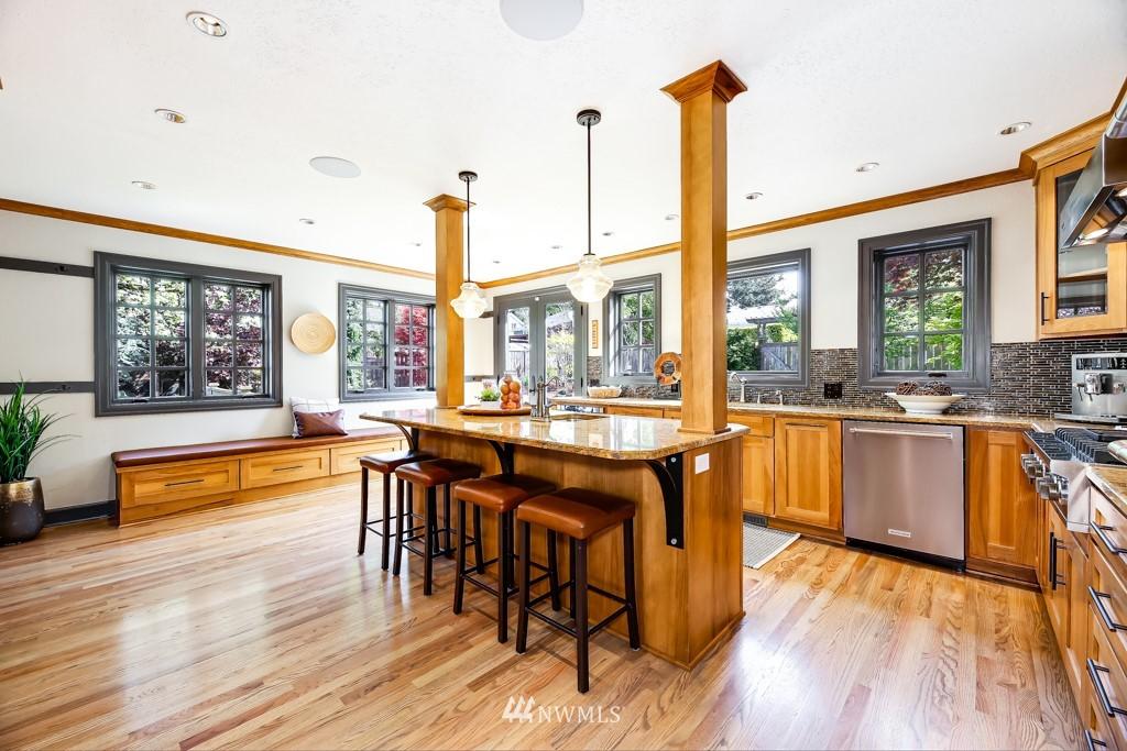 Sold Property | 4436 53rd Avenue SW Seattle, WA 98116 9