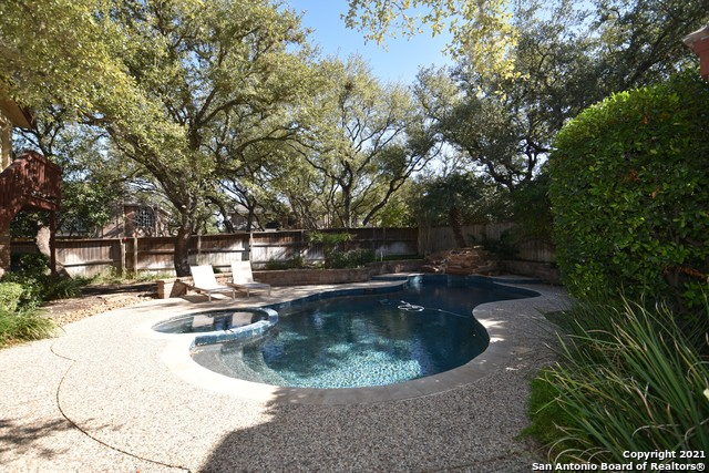 Active | 19214 Autumn Garden San Antonio, TX 78258 31