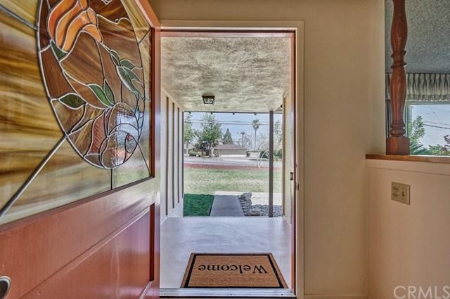 Pending | 2343 N San Antonio Avenue Upland, CA 91784 33