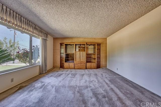 Pending | 2343 N San Antonio Avenue Upland, CA 91784 34
