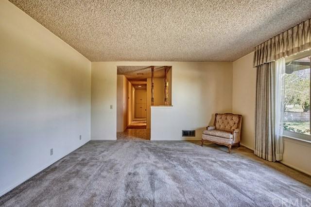Pending | 2343 N San Antonio Avenue Upland, CA 91784 36