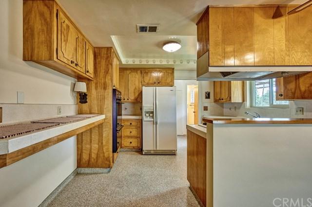 Pending | 2343 N San Antonio Avenue Upland, CA 91784 41