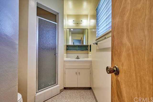 Pending | 2343 N San Antonio Avenue Upland, CA 91784 44