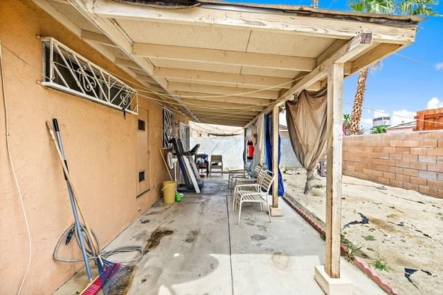 Active Under Contract   52860 Avenida Villa La Quinta, CA 92253 17