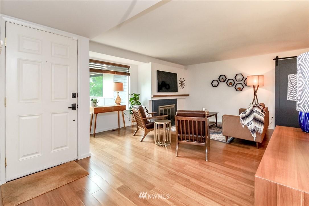 Sold Property | 13821 SE 163rd Street Renton, WA 98058 3