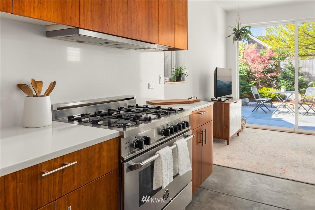 Pending | 750 N 73rd Street Seattle, WA 98103 11