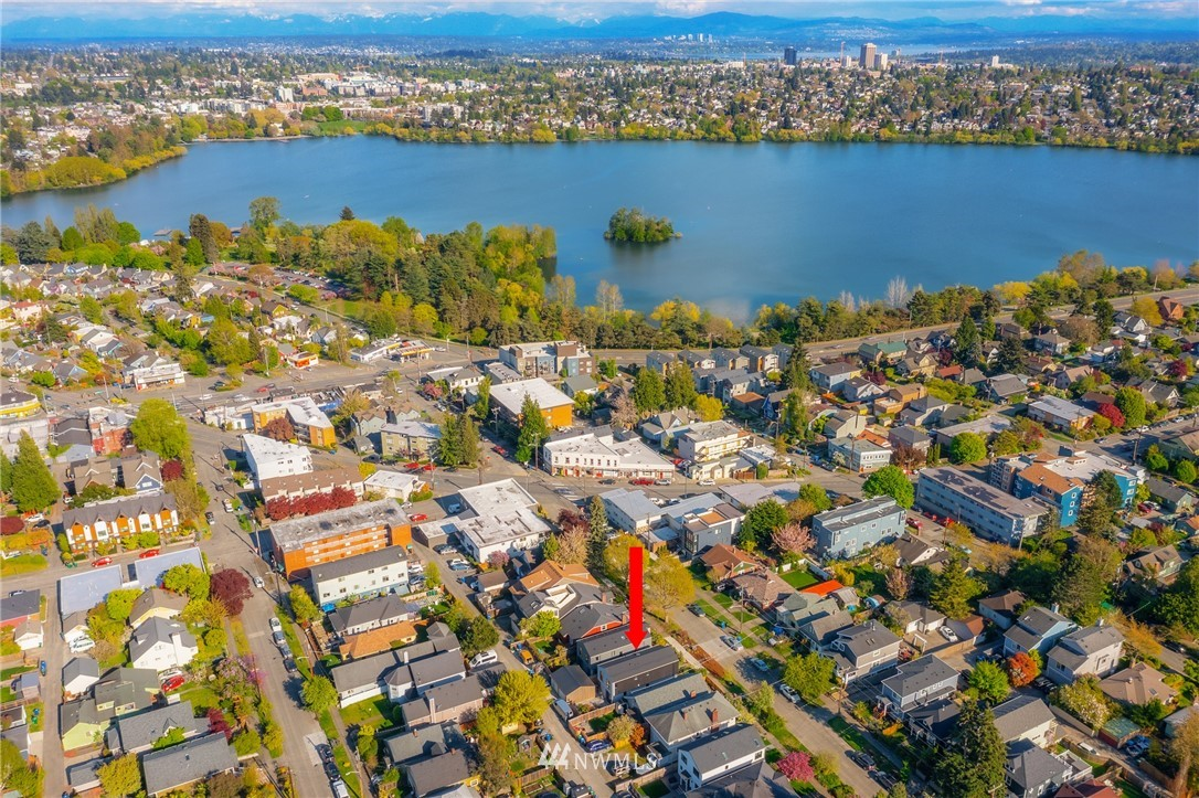Pending | 750 N 73rd Street Seattle, WA 98103 30