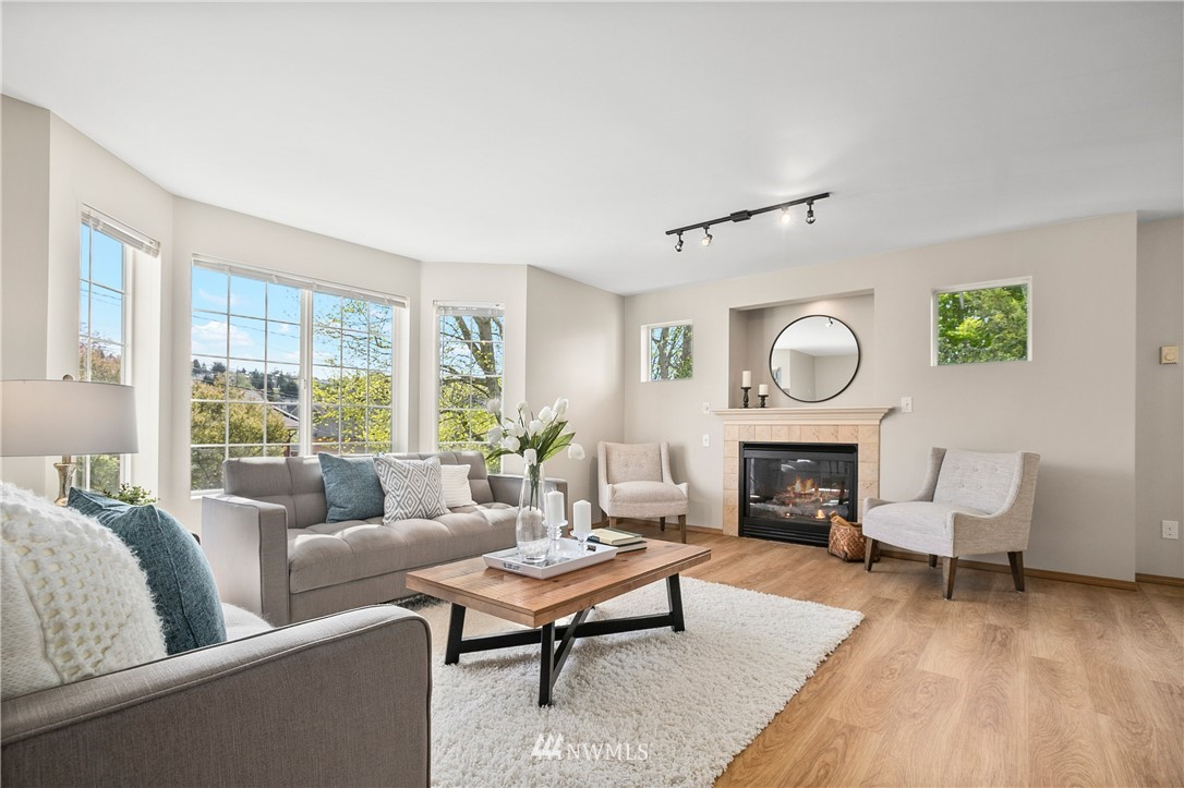 Pending | 6523 7th Avenue NW Seattle, WA 98117 10