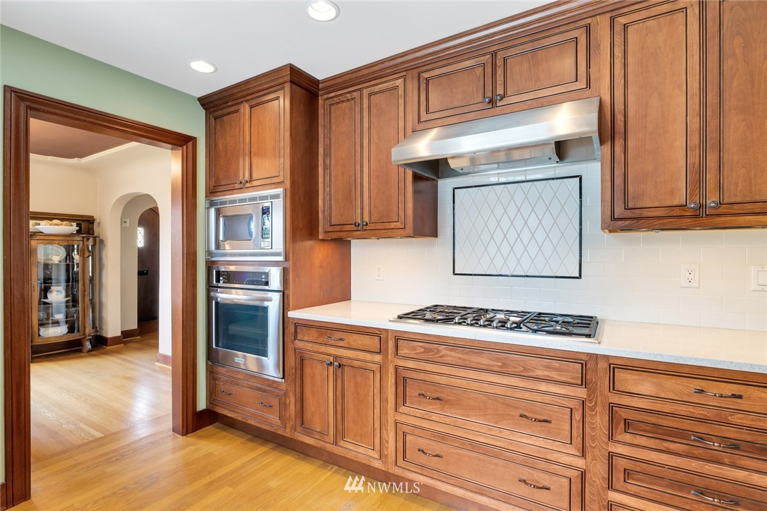 Sold Property | 12038 1st Avenue NW Seattle, WA 98177 16