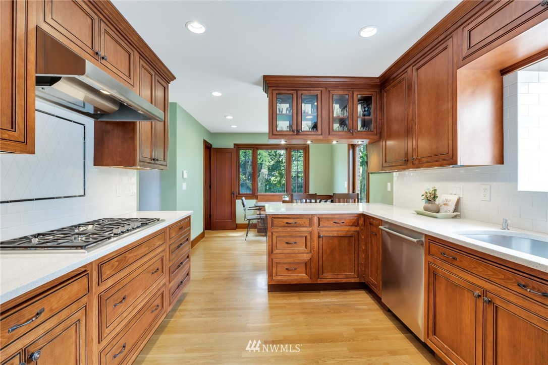 Sold Property | 12038 1st Avenue NW Seattle, WA 98177 3