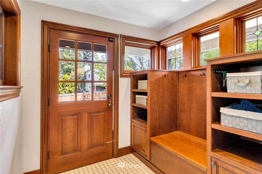 Sold Property | 12038 1st Avenue NW Seattle, WA 98177 20