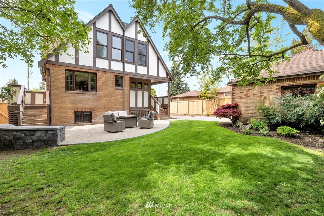 Sold Property | 12038 1st Avenue NW Seattle, WA 98177 9