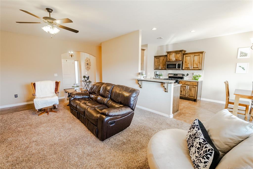Off Market   26449 Columbia Crest Drive Claremore, Oklahoma 74019 6