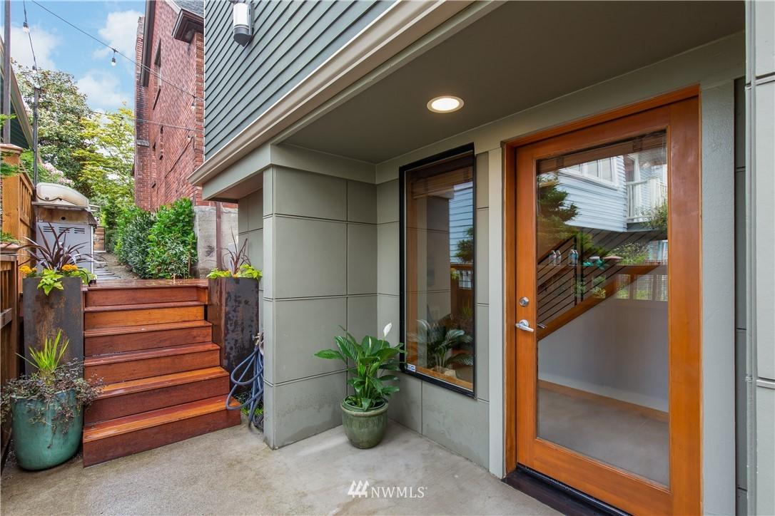 Pending | 2423 N 75th Street Seattle, WA 98103 0