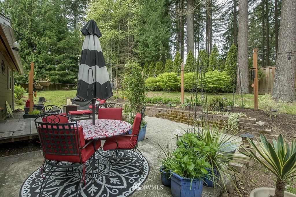Sold Property   13707 Cascadian Way Everett, WA 98208 24