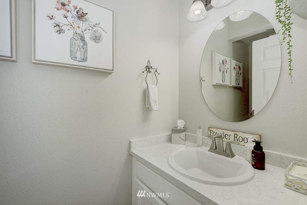 Sold Property   13707 Cascadian Way Everett, WA 98208 20