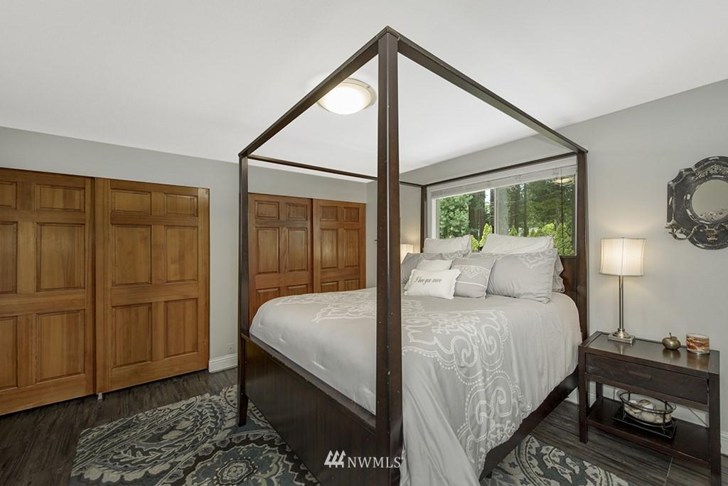 Sold Property   13707 Cascadian Way Everett, WA 98208 10
