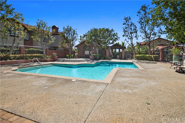 Closed   126 Flor De Sol #69 Rancho Santa Margarita, CA 92688 18