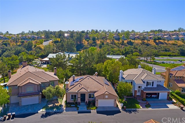 Closed   41 Golf View Drive Rancho Santa Margarita, CA 92679 33