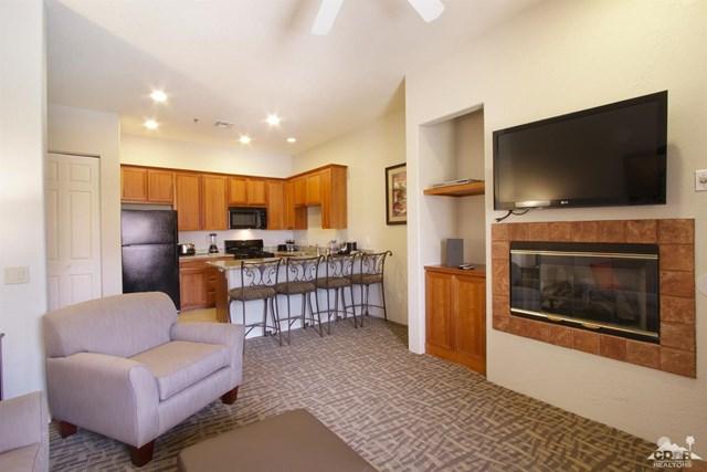 Pending   50710 Santa Rosa Plaza #7 La Quinta, CA 92253 3