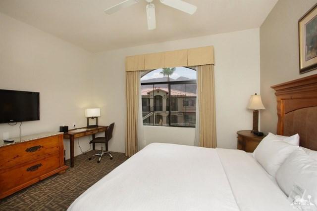 Pending   50710 Santa Rosa Plaza #7 La Quinta, CA 92253 7
