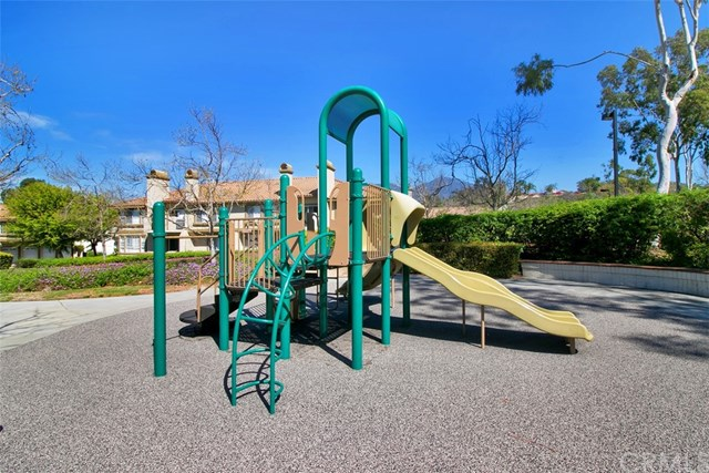 Pending | 57 Santa Loretta Rancho Santa Margarita, CA 92688 30