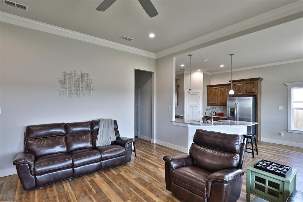 Active | 1801 Paras Avenue Abilene, Texas 79601 6