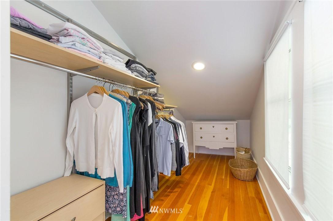 Sold Property | 6322 22nd Avenue NE Seattle, WA 98115 13