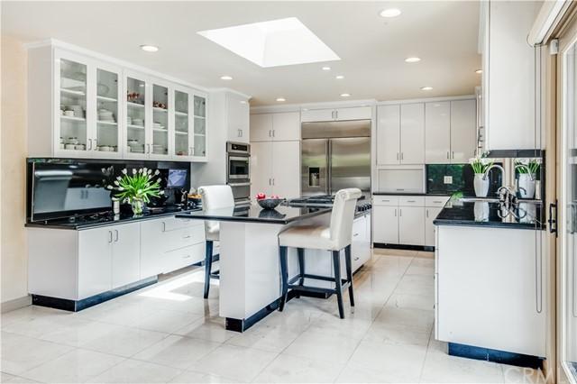 Active   865 Rincon Lane Palos Verdes Estates, CA 90274 3