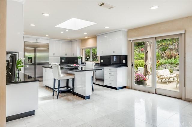 Active   865 Rincon Lane Palos Verdes Estates, CA 90274 26