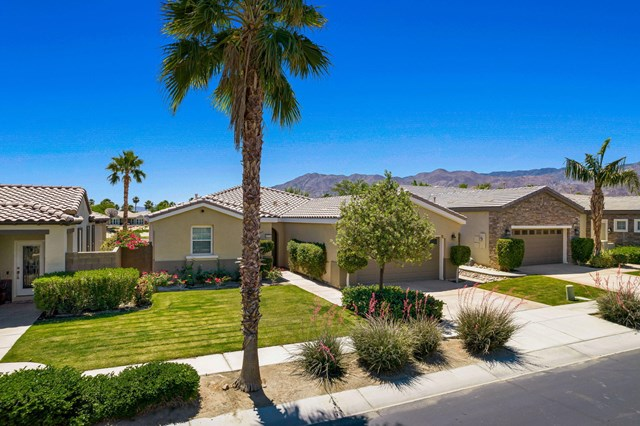 Pending   81711 Brittlebush Lane La Quinta, CA 92253 33