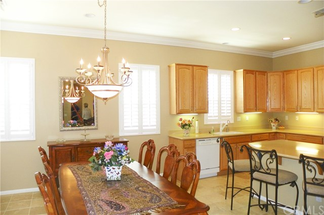 Pending | 977 Hidden Oaks Drive Beaumont, CA 92223 3