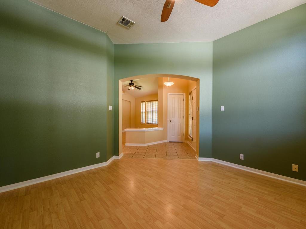 Closed   442 S Lynnwood Trail Cedar Park, TX 78613 4
