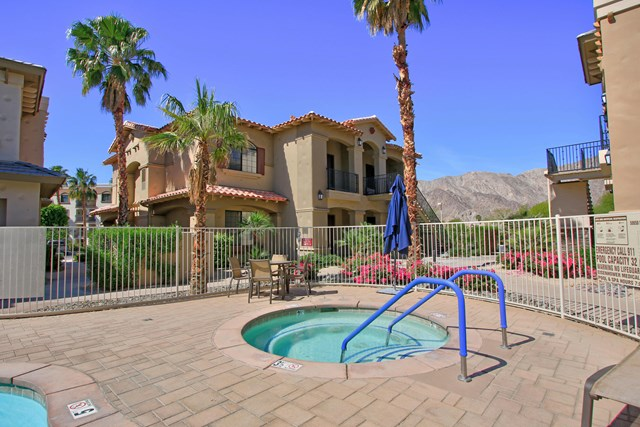 Active Under Contract   50670 Santa Rosa Plaza #8 La Quinta, CA 92253 21
