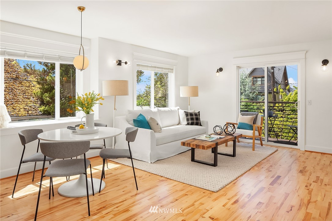 Sold Property | 4416 Phinney Avenue N #A Seattle, WA 98103 6
