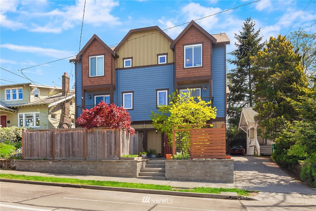 Sold Property | 4416 Phinney Avenue N #A Seattle, WA 98103 0