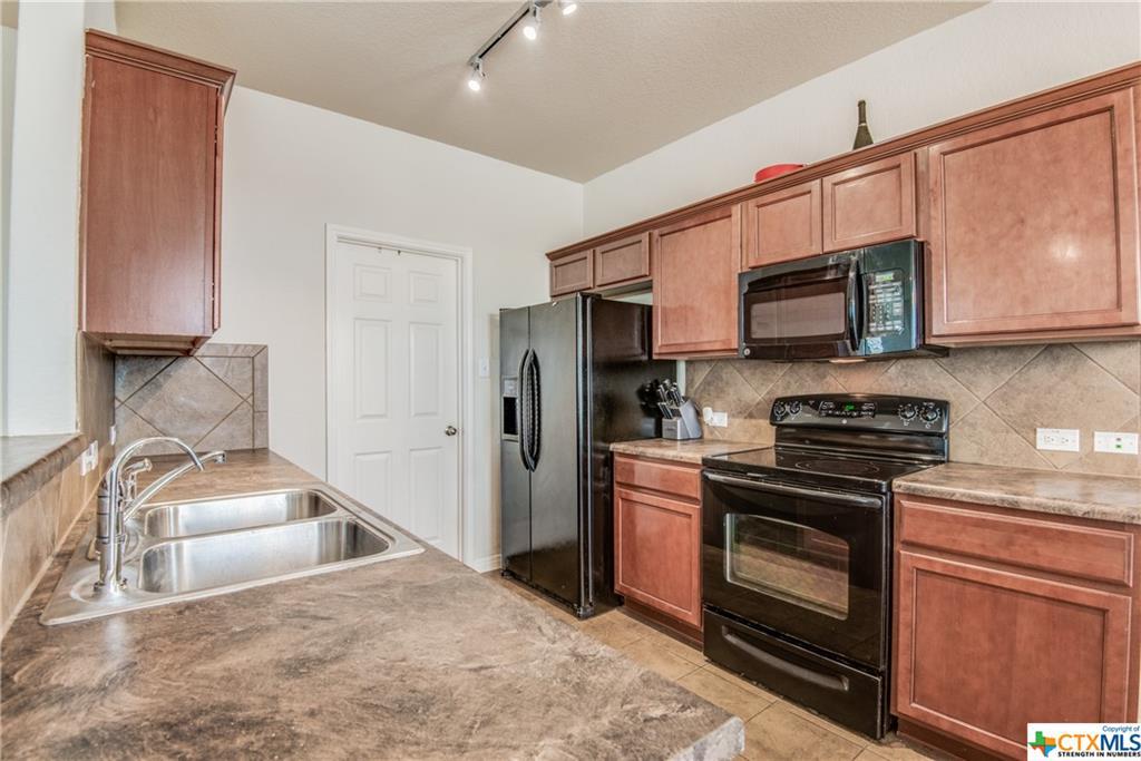 Off Market | 2119 Brinkley Drive New Braunfels, TX 78130 10