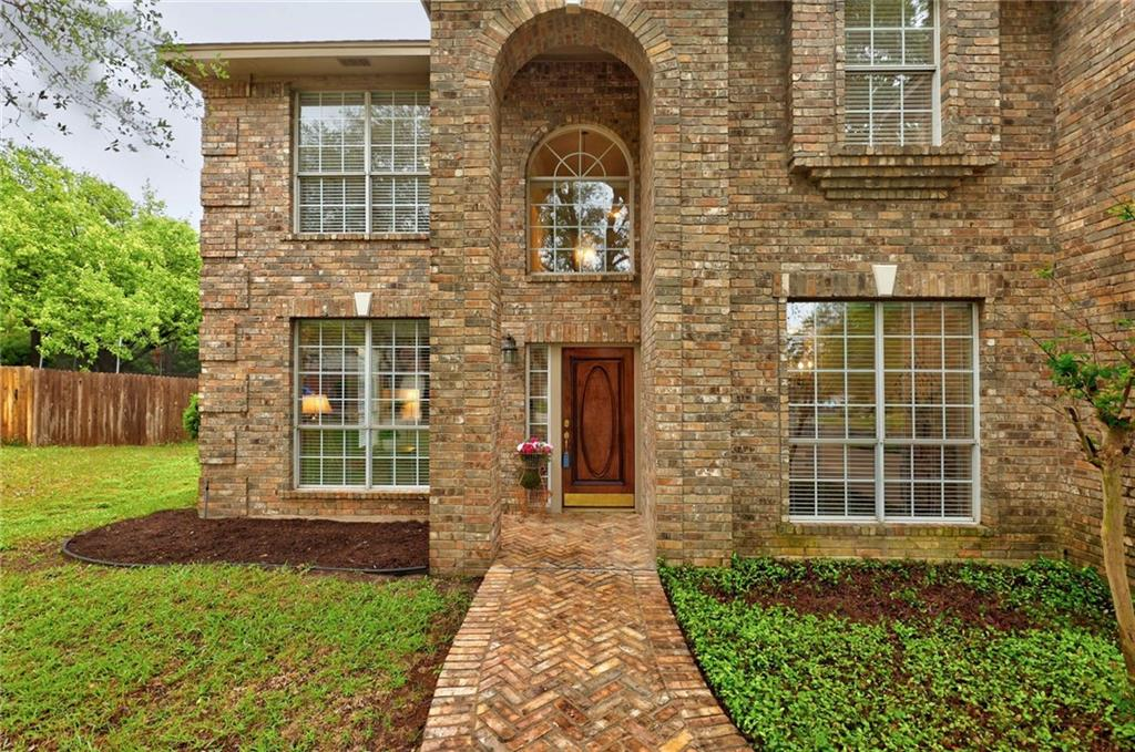 ActiveUnderContract | 13313 Chasewood Cove Austin, TX 78727 4